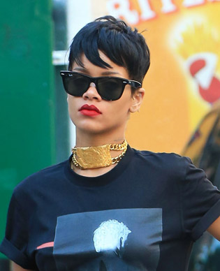 Rihanna in wayfarer sunglasses