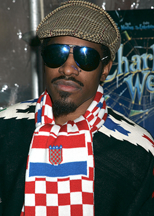 Andre 3000 in aviator sunglasses