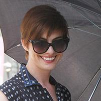 anne hathaway sunglasses