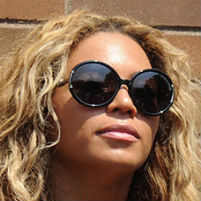 Beyonce in sunglasses