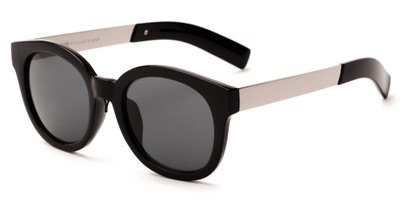 Angle of Barbarita #1894 in Black/Silver Frame with Smoke Lenses, Women's Round Sunglasses